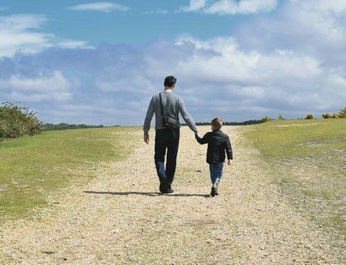 ¿Cómo le hablas a tu Hijo? ¿Lo estas limitando? Educar sin limitar